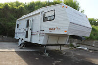 1999 Fifth Wheel Travel Trailer  24 feet