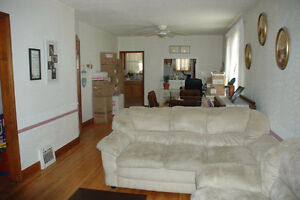 Newly Renovated 3 Bedroom Semi: available for rent Oct. 1 Stratford Kitchener Area image 2