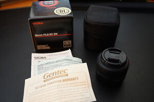Sigma 30mm F2.8 EX DN for Sony E Mount (Mint Condition)