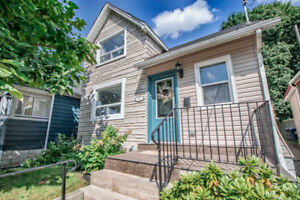 OPEN HOUSE 2-4 PM Detached Home in York-Toronto, ON | ️ 3 Bed