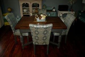 5 piece Jacobean Dining Set