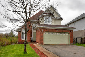 FREEHOLD DETACHED BUNGALOFT in SOUTHEND GUELPH