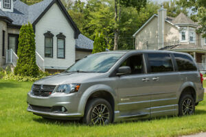 2015 Dodge Grand Caravan SXT adapted for wheelchair
