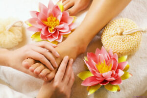 MANICURE & PEDICURE AT YOUR HOME
