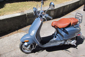 2007 Vespa LXV 150cc
