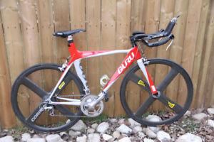 53cm Guru Crono triathlon bike
