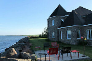 Oceanfront Home - Panoramic Views, Vacation at Home