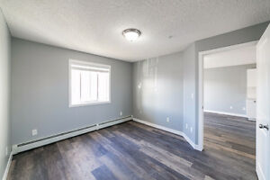 Modern 1 Bed & 1 Bath Condo close to Brewery District & 124 St Edmonton Edmonton Area image 6