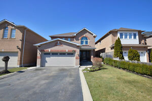 Detached Home For Sale in Mississauga Near Highway 401 and Mavis