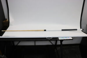 **CUE UP** Dooly's Pool Cue w/ Case - 16765