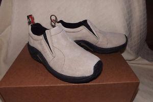 Women's Merrell shoes Jungle Moc slip on size 6 NEW