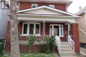 1723 Howard Avenue and Tecumseh - Open House Oct 22, 2-4 pm