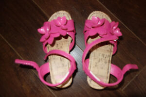 Gymboree Girls pink sandals