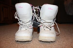 Girls Size 3 Snowboard Boots London Ontario image 3