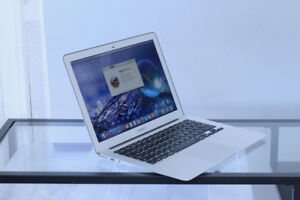"""MacBook Air 13"""" – Early 2015 – Perfect condition – New Battery"""