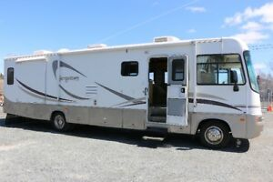 ***REDUCED*** 2004 Georgetown Class A Motorhome ***REDUCED***