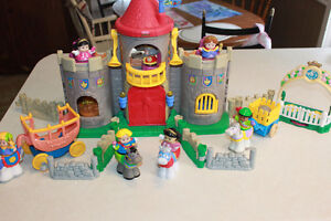 Fisher Price Castle with lots of extras! SOLD PPU