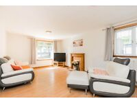 Bright & Spacious Part Furnished Flat - Dyce