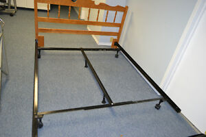 QUEEN OR DOUBLE SIZE ADJUSTABLE METAL BED FRAME WITH CENTER SUPP