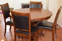 MOVING SALE!!! Round dining table with 4 chairs.