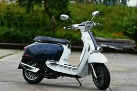 Lambretta V 125cc Special Modern Classic Retro Automatic Scooter Moped For Sa...