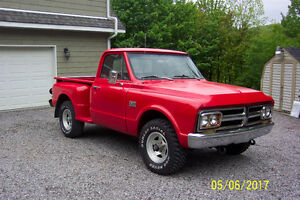 1967 GMC 4 x 4 Shortbox Stepside