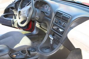 2000 Ford Mustang Coupe (2 door) Cornwall Ontario image 3