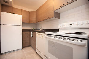 NEW LISTING 15 NICKLAUS Drive  Unit# 601, HAMILTON ...LISTED AT