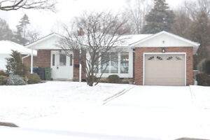 Bright and Spacious Detached Minutes from Don Mills Subway