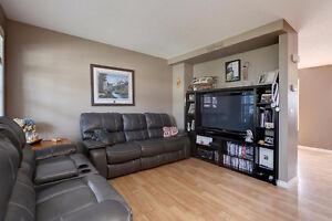 FULLY FINISHED 2-STOREY IN DEVON! DOUBLE GARAGE! LOW PRICE! Edmonton Edmonton Area image 3