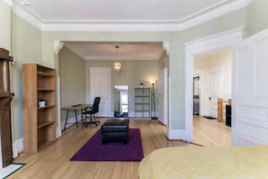 Mile End apartment 5 bedrooms available for September 1st!!!
