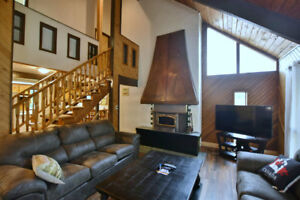 Blue Mountain Chalet - Available Dec 14-16 and Dec 21-23