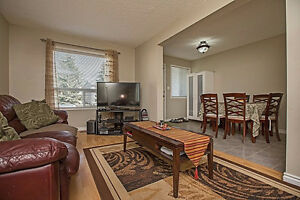 *JUST REDUCED!* Perfect 4 bed 3 bath town home!