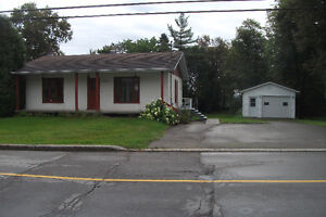 Maison a louer Saguenay Saguenay-Lac-Saint-Jean image 1