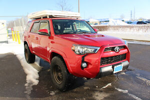 2015 Toyota 4Runner Trail Edition Premium low km fully loaded!