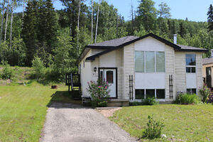 3 Bedroom house for rent in Tumbler Ridge