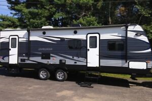 High-end RV Trailer for Long Term or Short Term Winter Rental