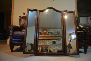 Gibbard mirror, solid cherry with side mirrors