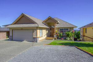 Westwood Lake area - 4 Bedrooms up - 2 bed suite down