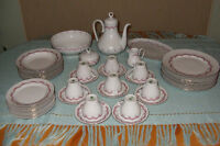 1970s Henneberg Porzellan JLMENAU made in GDR china set