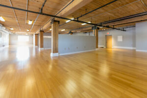COMMERCIAL LOFT ON DEWDNEY FOR RENT