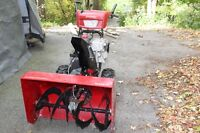 """Murray 33"""" Dual Stage Snowthrower/Snowblower"""