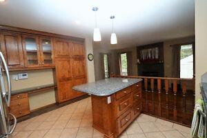 This gorgeous 1742sqft bungalow has countless updates throughout Regina Regina Area image 4