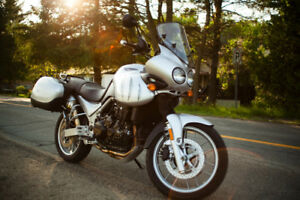 2005 Triumph Tiger 955i Bas KMs, impeccable