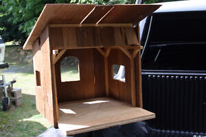 Barn for Christmas Nativity Scene | Hand Made