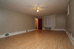 Located close to downtown Yorkton sits this great starter home Regina Regina Area image 4