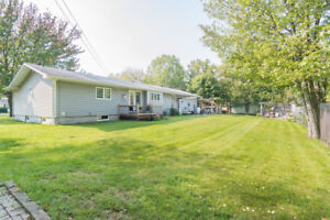 IN THE HEART OF SHEDIAC EXTRA LARGE BUNGALOW FULLY FINISHED