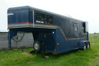 1995 Sundowner Horse trailer