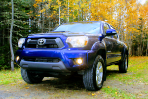 2015 Toyota Tacoma, Blue, MINT Condition