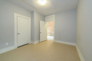 Newly Renovated 3-Bedroom Suite w/ Washer & Dryer